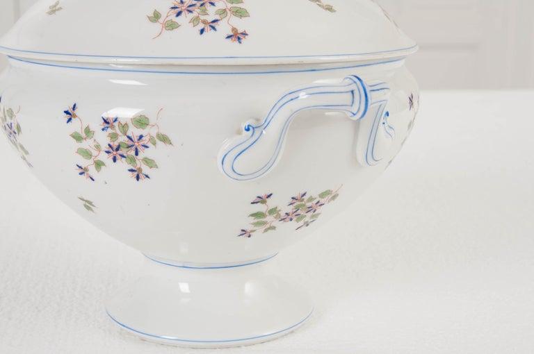 "French Old Paris Porcelain ""Cornflower"" Pattern Tureen For Sale 2"