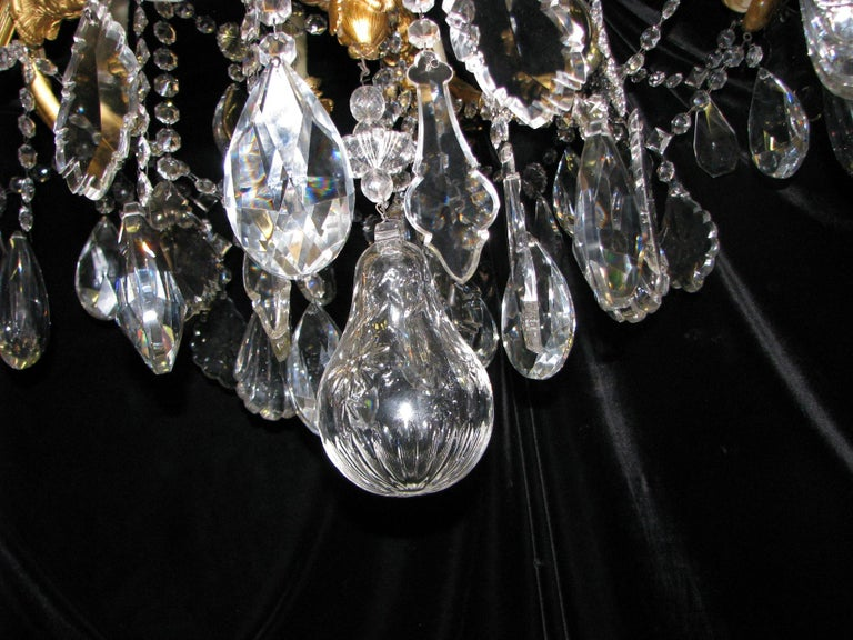 French Ormolu and Cut Crystal Chandelier, 19th Century For Sale 4
