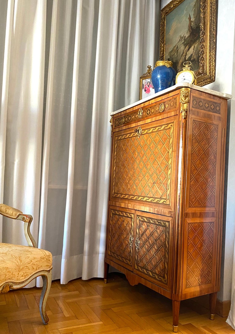 French Ormolu-Mounted Marqueterie Secretaire Abattant, Cabinet, 1775 For Sale 6