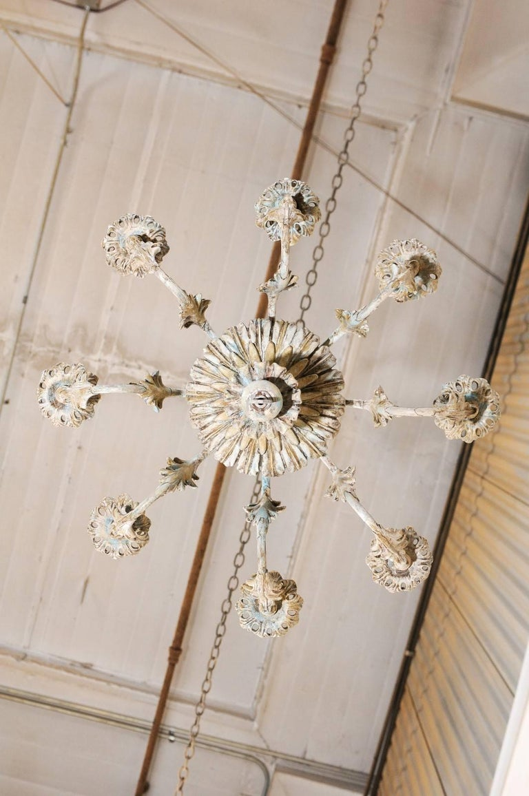 French Painted Wood and Metal Nicely Carved Chandelier with Acanthus Leaf Decor For Sale 5