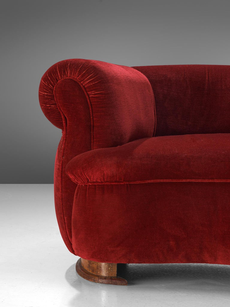 French Pair of Art Deco Club Chairs in Red Velvet For Sale 2