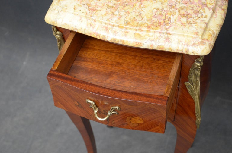 Mid-20th Century French Pair of Bedside Cabinets For Sale