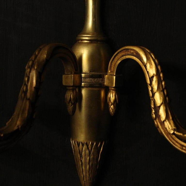 French Pair of Bronze Antique Wall Lights For Sale 1