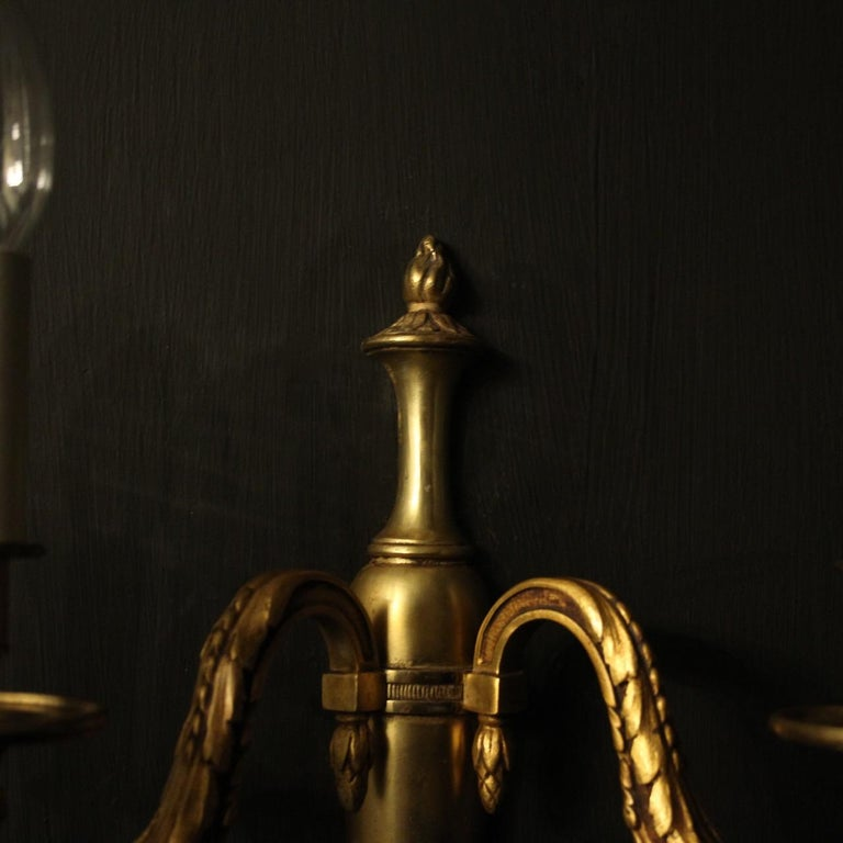 French Pair of Bronze Antique Wall Lights For Sale 4