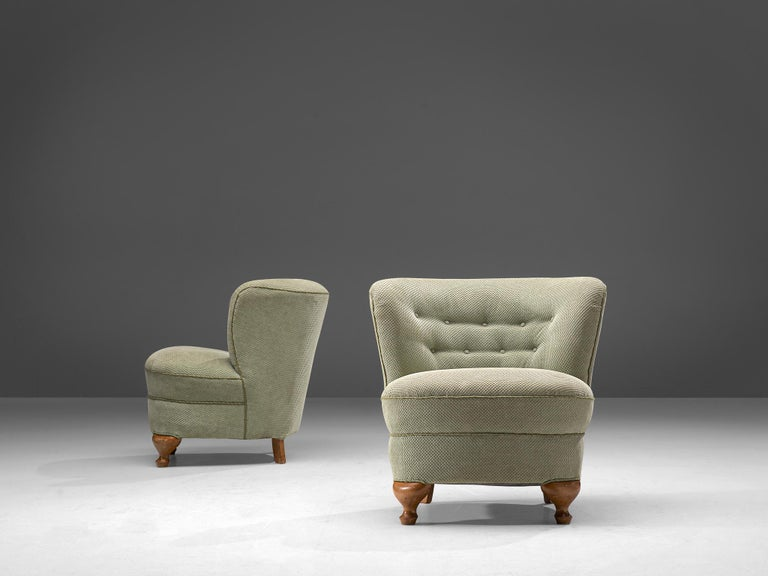 French Pair of Easy Chairs in Light Green Fabric In Good Condition For Sale In Waalwijk, NL