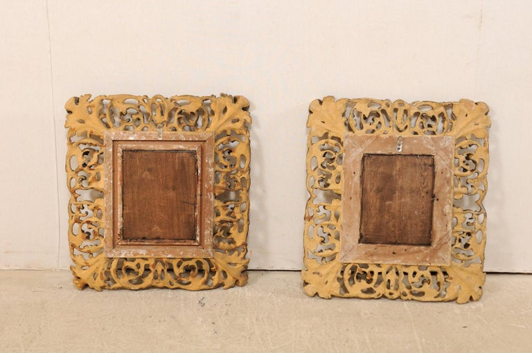 Pair of Ornately Pierce-Carved and Giltwood Rococo Mirrors, Early 19th Century For Sale 5