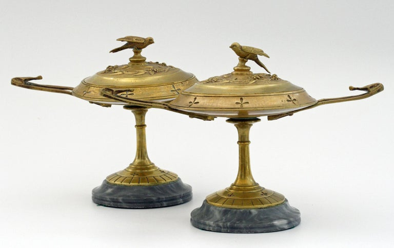 French Pair of Ormolu Bronze Twin Handled and Marble Mounted Lidded Tazzas For Sale 5