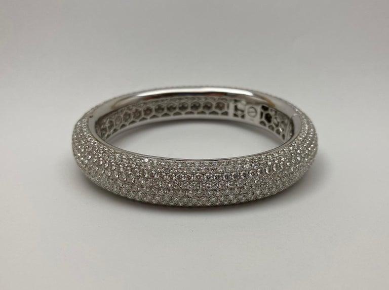 Modern French Pavé Diamond Gold Bangle For Sale