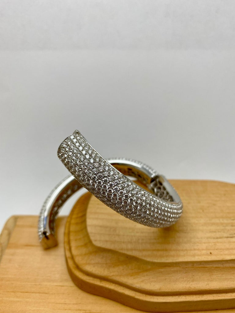 Women's or Men's French Pavé Diamond Gold Bangle For Sale