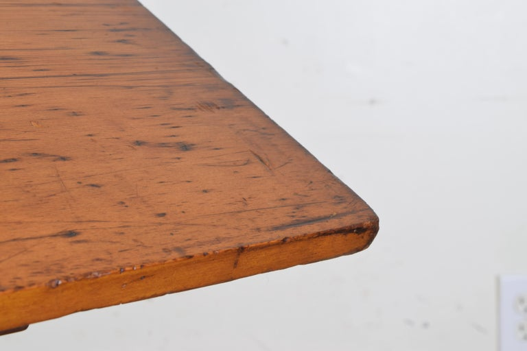 French Pinewood Adjustable Drafting Table or Desk, circa 1900 For Sale 7