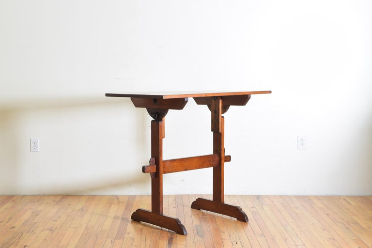 French Pinewood Adjustable Drafting Table or Desk, circa 1900 For Sale 1
