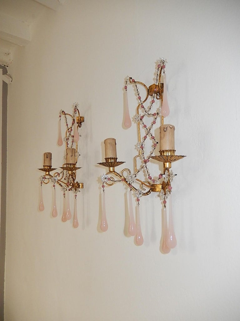 Early 20th Century French Pink Opaline Drops with Beads and Star Crystal Sconces, 1920s For Sale