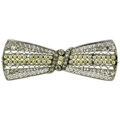 French Platinum Bow Tie Brooch with Freshwater Pearls and Diamonds, 1940s