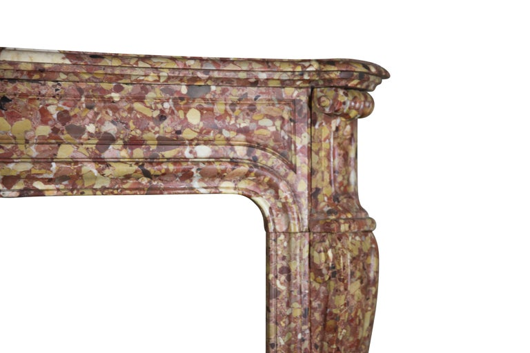 French Pompadour Antique Fireplace Surround in Breche d'aleppe Marble For Sale 1