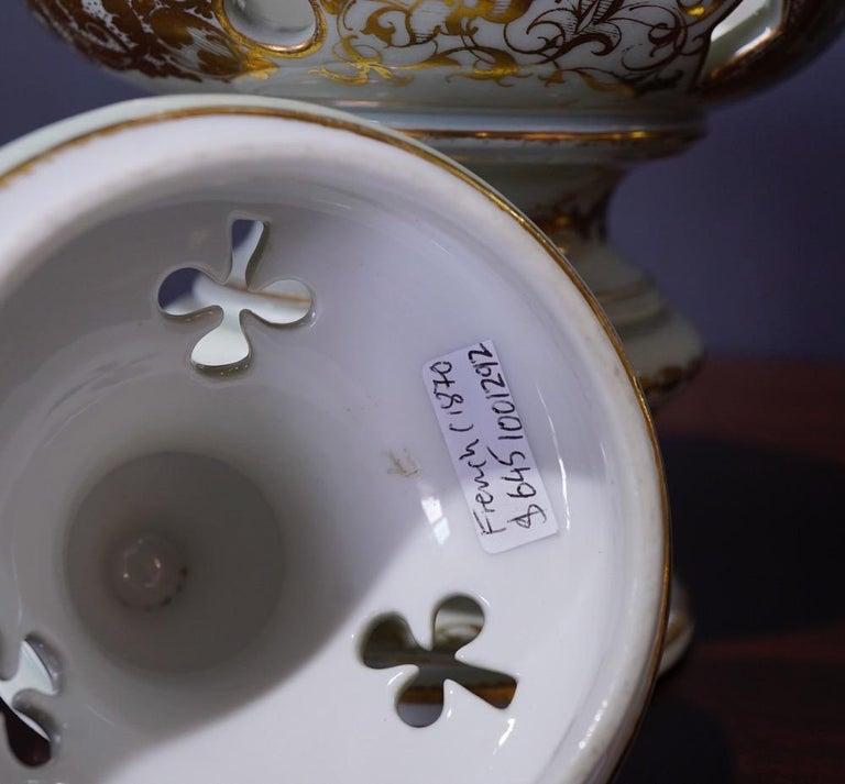French Potpourri Vase, Celadon Ground, circa 1870 For Sale 4