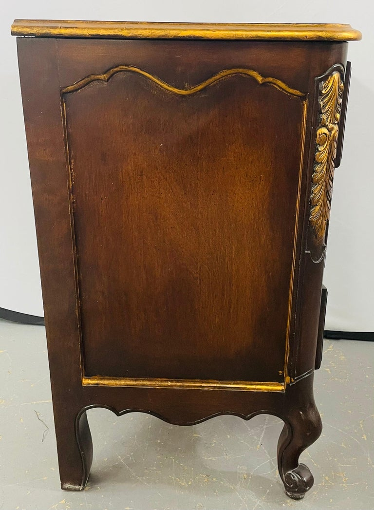 French Provincial 3 Drawer Mahogany Gilt Decorated Nightstand Table, a Pair For Sale 8