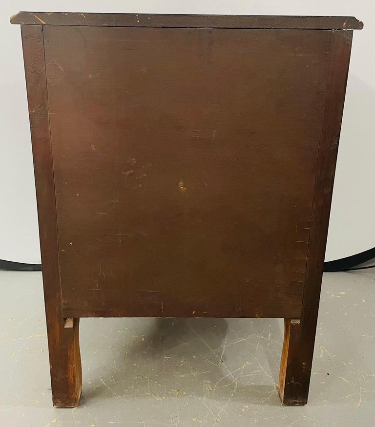 French Provincial 3 Drawer Mahogany Gilt Decorated Nightstand Table, a Pair For Sale 11