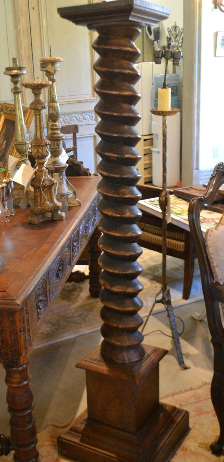 French Provincial Carved Cherry Wine Press Screw In Good Condition For Sale In Vista, CA