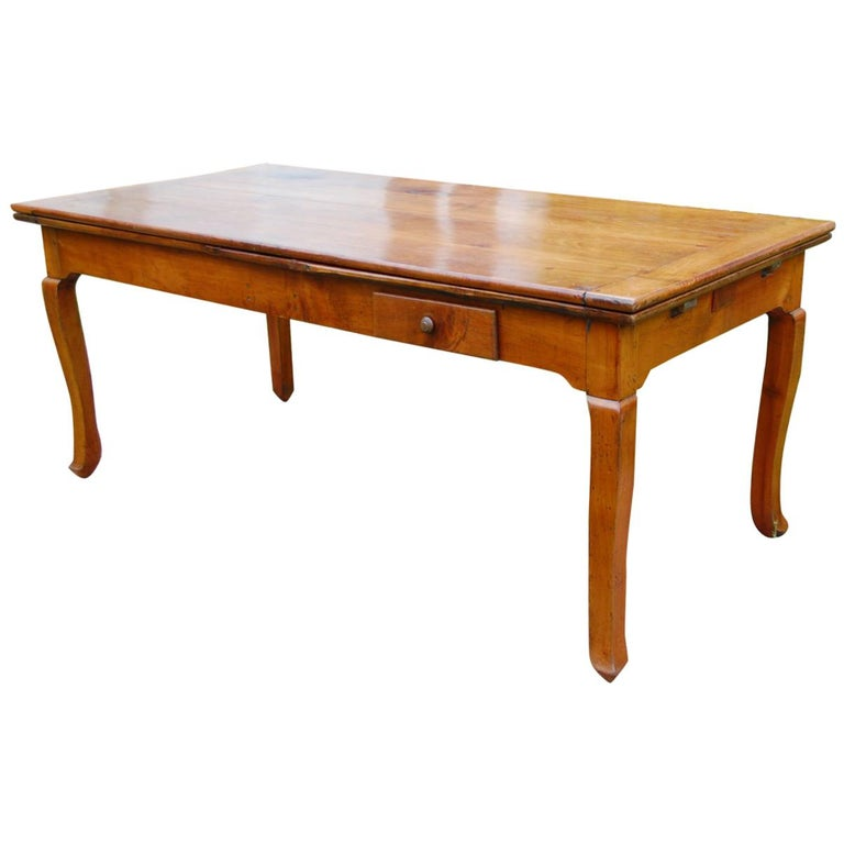 French Provincial Cherry Farmhouse Extending Table with Cabriole Legs For Sale