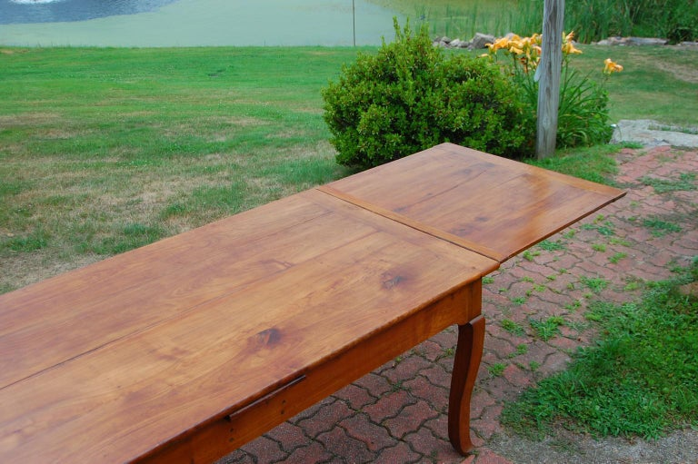 19th Century French Provincial Cherry Farmhouse Extending Table with Cabriole Legs For Sale