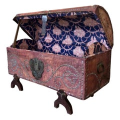 French Provincial Dowry Chest, Toile De Jouy Lined, Early 19th-Late 18th Century
