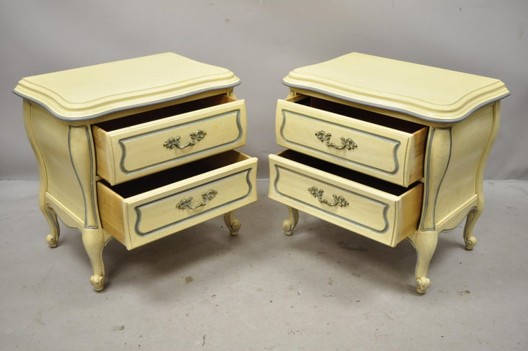 North American French Provincial Louis XV Country Cream Lacquer Bombe Nightstands, a Pair For Sale