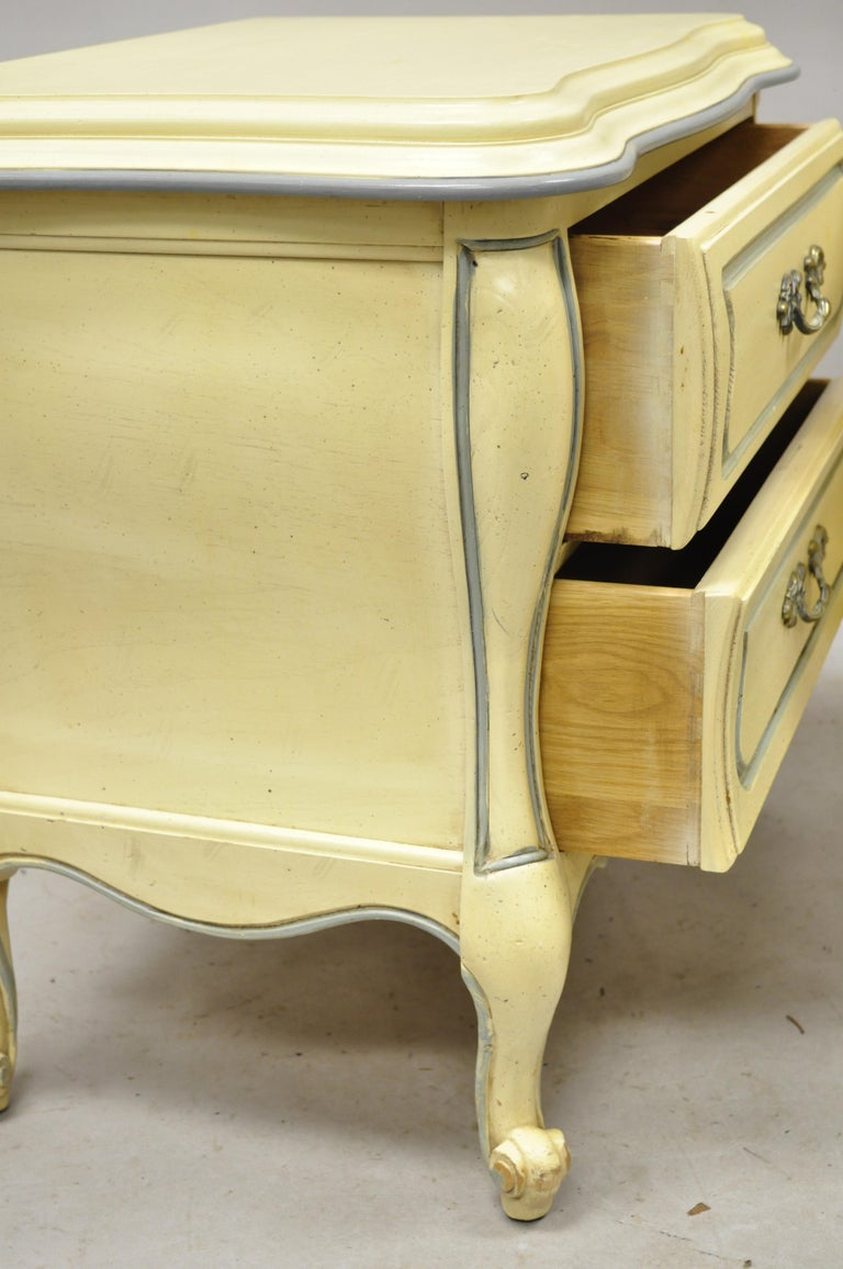 French Provincial Louis XV Country Cream Lacquer Bombe Nightstands, a Pair For Sale 3