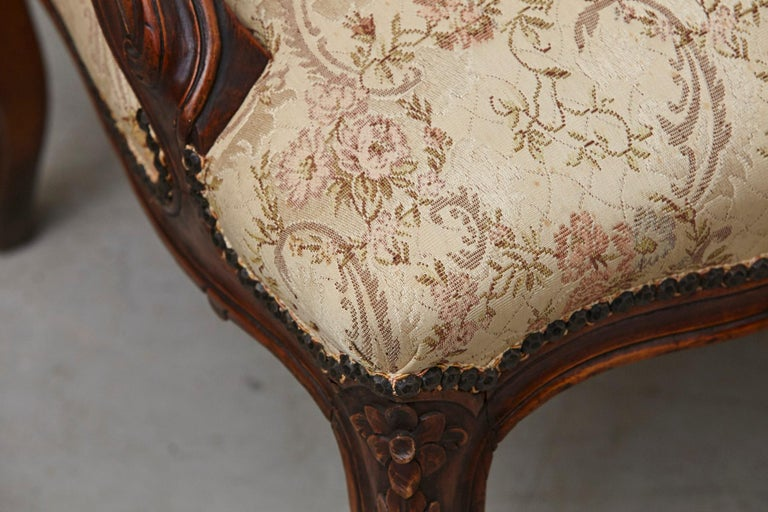 French Provincial Louis XV Style Walnut Fauteuil with Nailhead Trim, circa 1930s For Sale 6