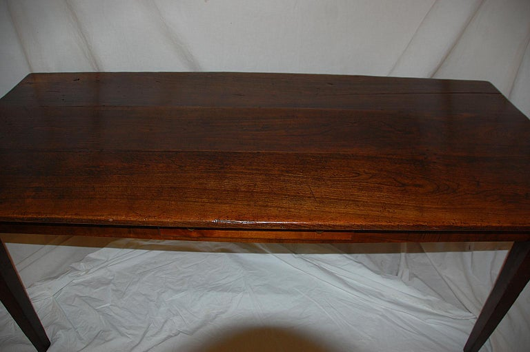 French Provincial Mid-19th Century Cherry Farmhouse Table For Sale 4
