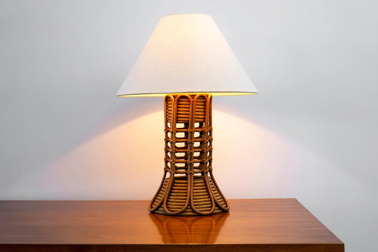 French Rattan Lamp In Good Condition For Sale In Los Angeles, CA