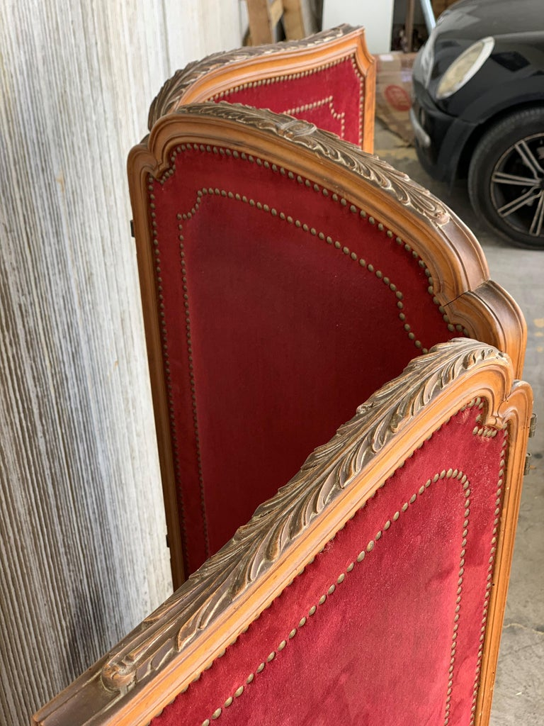 Elizabethan French Red Velvet Three-Panel Screen Adorned with Antique Brass Tacks For Sale