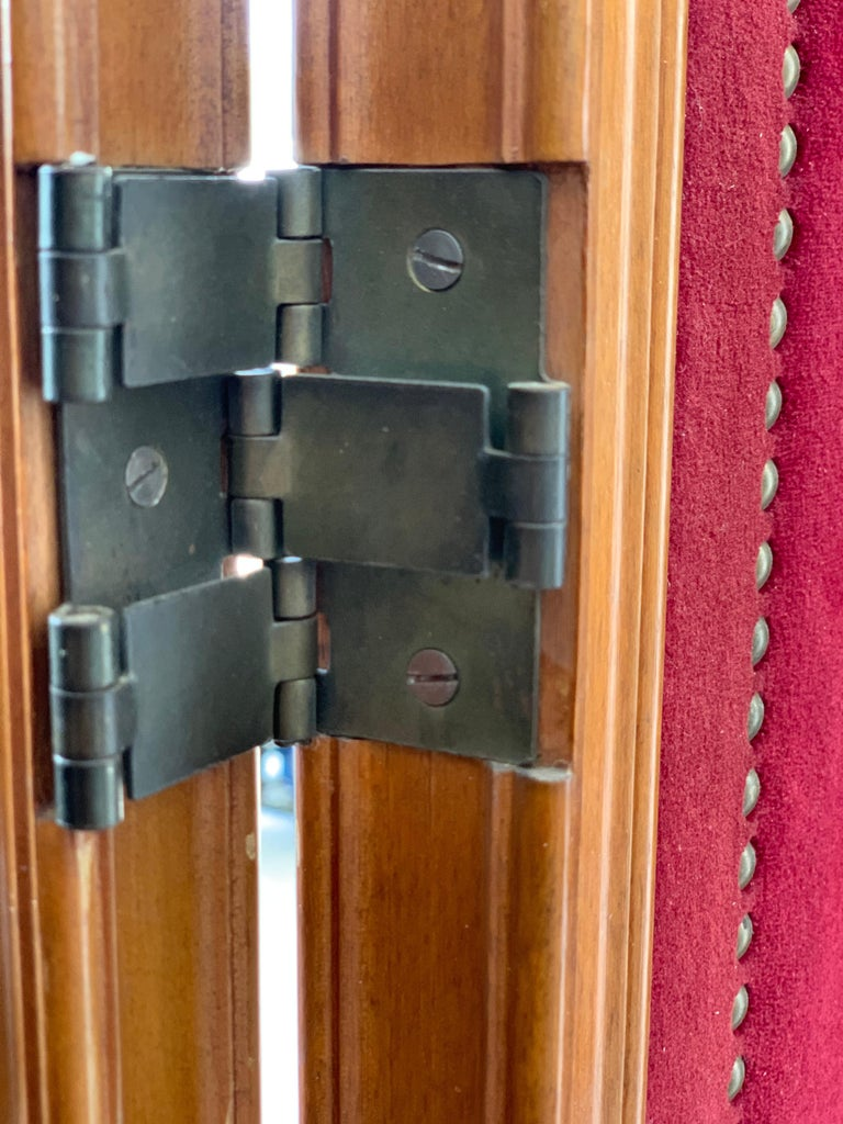 French Red Velvet Three-Panel Screen Adorned with Antique Brass Tacks For Sale 1