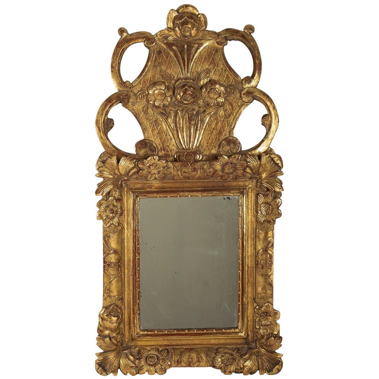 French Regence Provencal Period, Small Giltwood Top-Front Mirror, circa 1720 For Sale