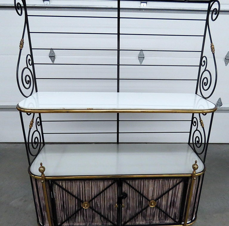 Steel and Brass Ebonized French Regency Style Bakers Rack In Good Condition For Sale In Swedesboro, NJ
