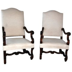 French Renaissance Revival Carved Walnut Pair of Upholstered Lounging Chairs