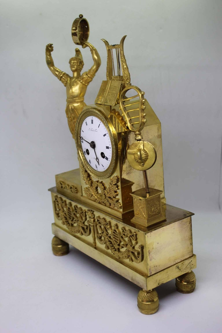 French Restauration Period Gilt Bronze Clock In Good Condition For Sale In Marseille, FR
