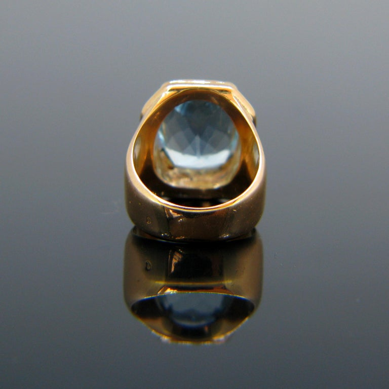 French Retro Aquamarine Rose Gold Cocktail Ring In Good Condition For Sale In London, GB