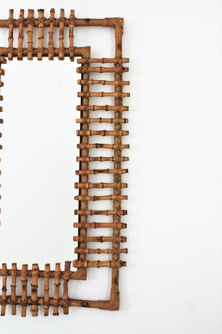 Rattan Rectangular Sunburst Mirror from France, 1950s In Excellent Condition For Sale In Barcelona, ES