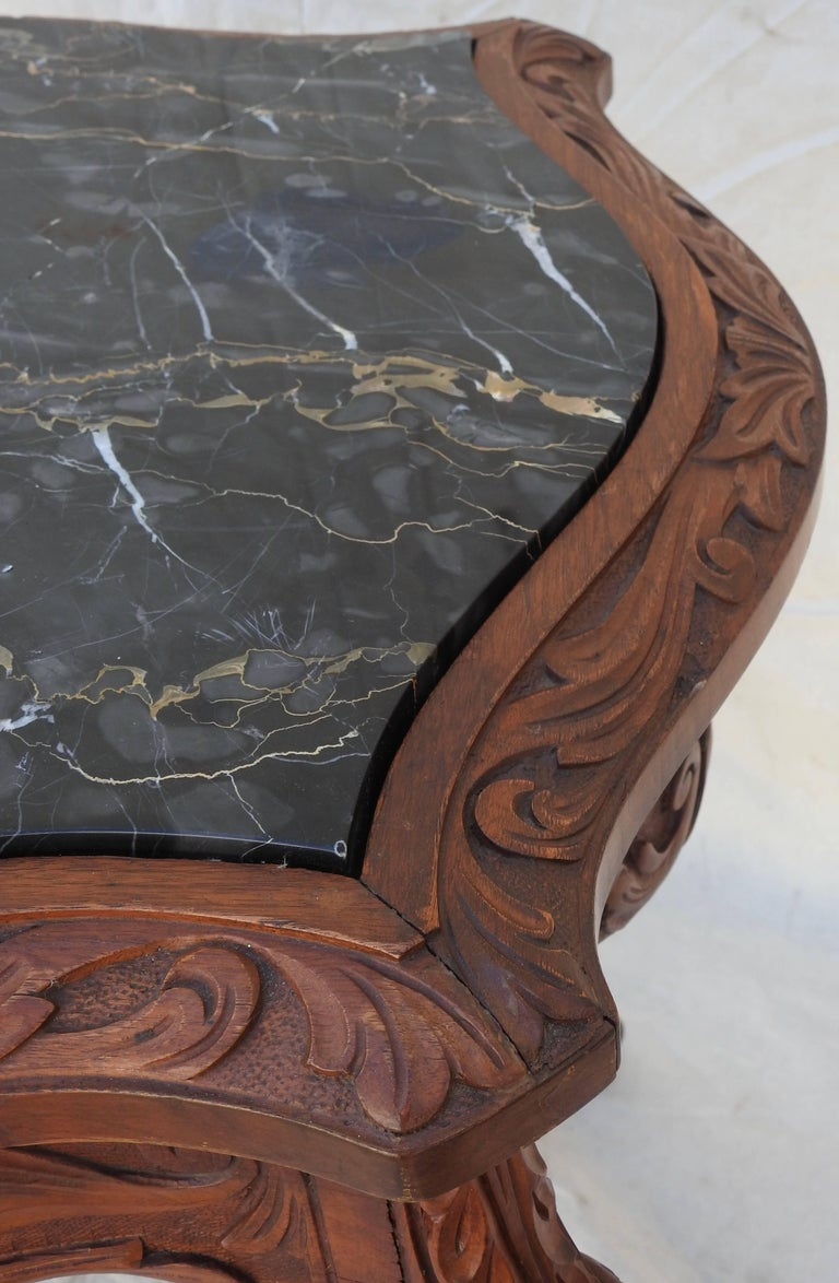 French Rococo Marble-Top Walnut Table For Sale 6