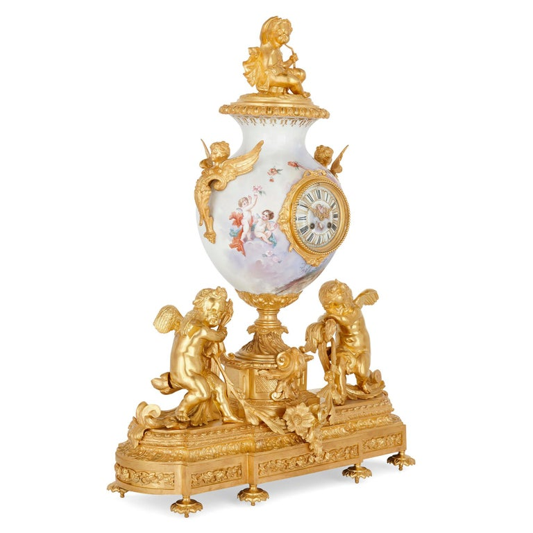 French Rococo Style Gilt Bronze Mounted Porcelain Clock Set In Good Condition For Sale In London, GB