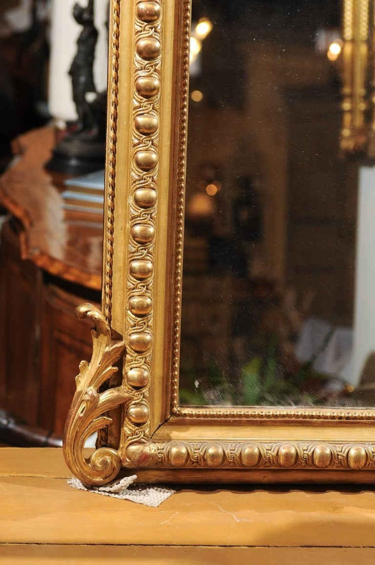 French Rococo Style Giltwood Mirror with Cartouche Carved Crest, 19th Century For Sale 3