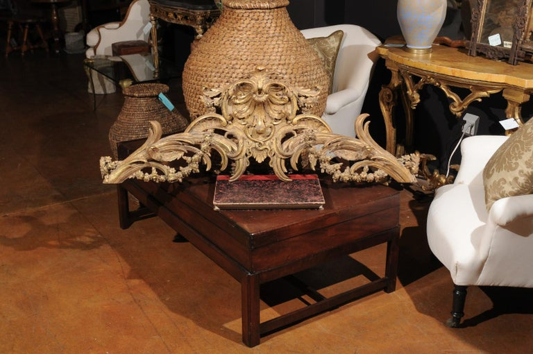 French Rococo Style Parcel-Gilt Carved Architectural Swag from the 19th Century In Good Condition For Sale In Atlanta, GA