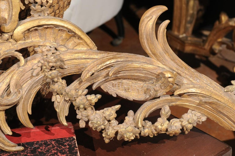 French Rococo Style Parcel-Gilt Carved Architectural Swag from the 19th Century For Sale 5