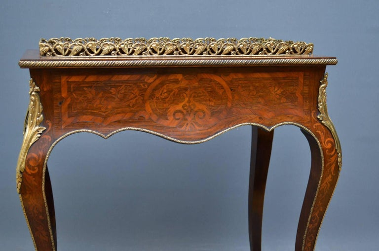 French Rosewood and Inlaid Jardinière Plant Stand For Sale 5
