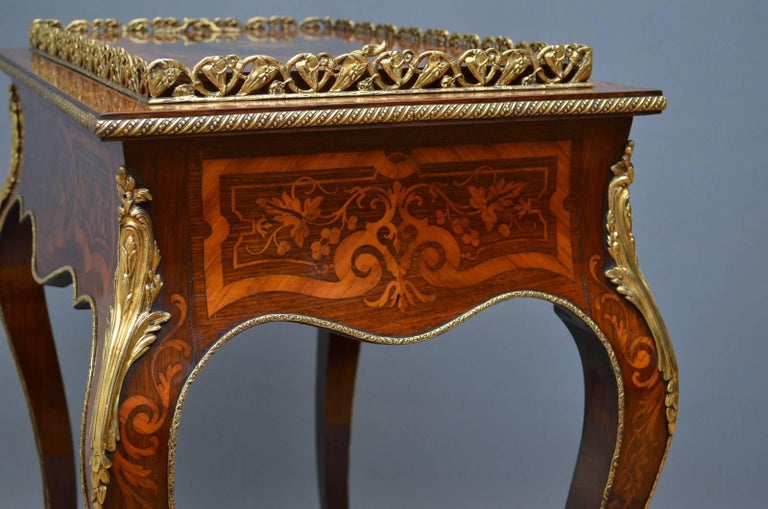 French Rosewood and Inlaid Jardinière Plant Stand For Sale 6