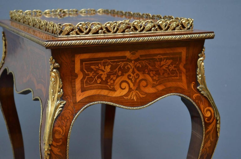 French Rosewood and Inlaid Jardinière Plant Stand For Sale 8