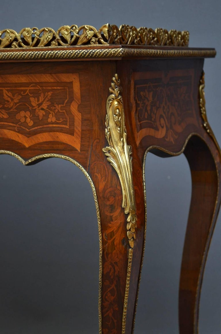French Rosewood and Inlaid Jardinière Plant Stand For Sale 11