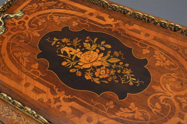 Victorian French Rosewood and Inlaid Jardinière Plant Stand For Sale