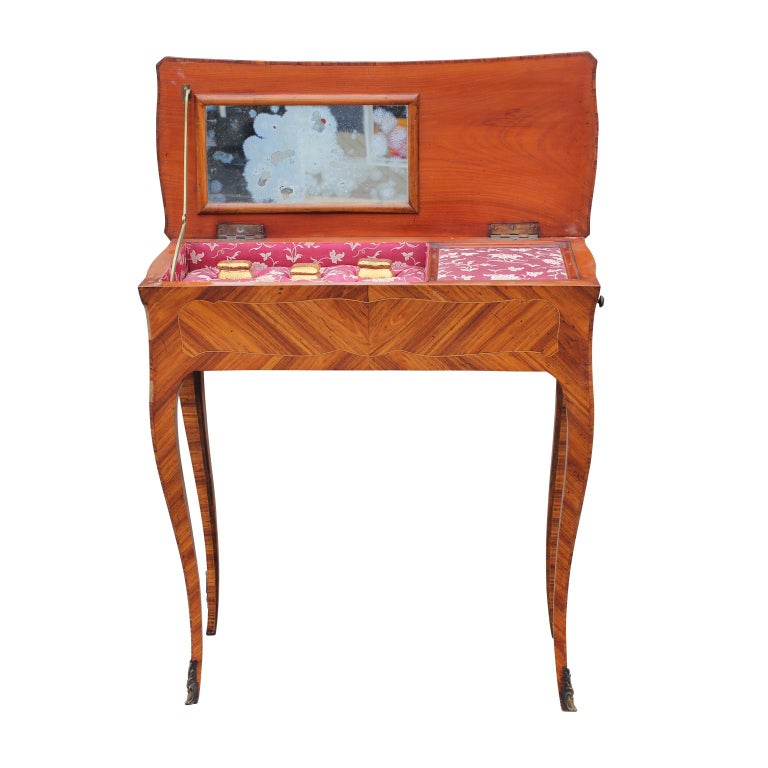 French Rosewood Sewing Table with Bronze Ormolu and Leather In Good Condition For Sale In Houston, TX