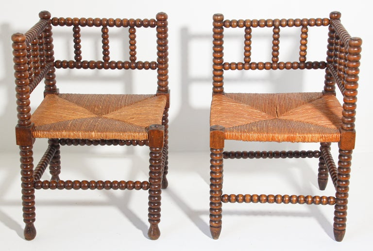 French Provincial French Rush-Seat Corner Chairs in Turned Oak and Cane, France For Sale